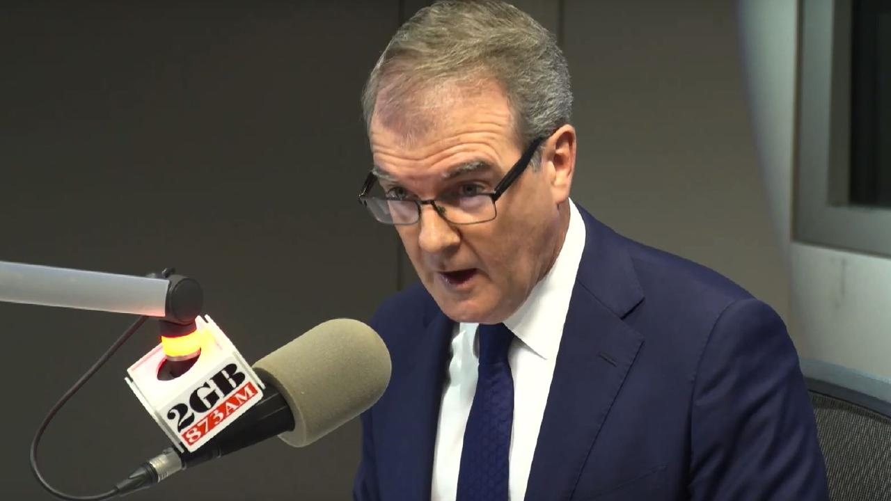 Michael Daley threatens to sack Alan Jones, along with all other sitting members, from the SCG Trust board if elected.