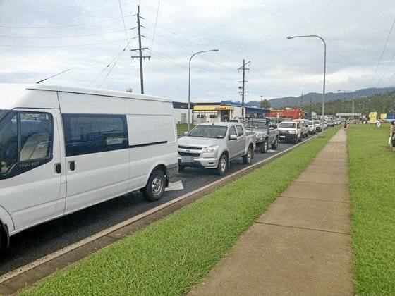 BANKED UP: Traffic congestion on Paluma Rd.