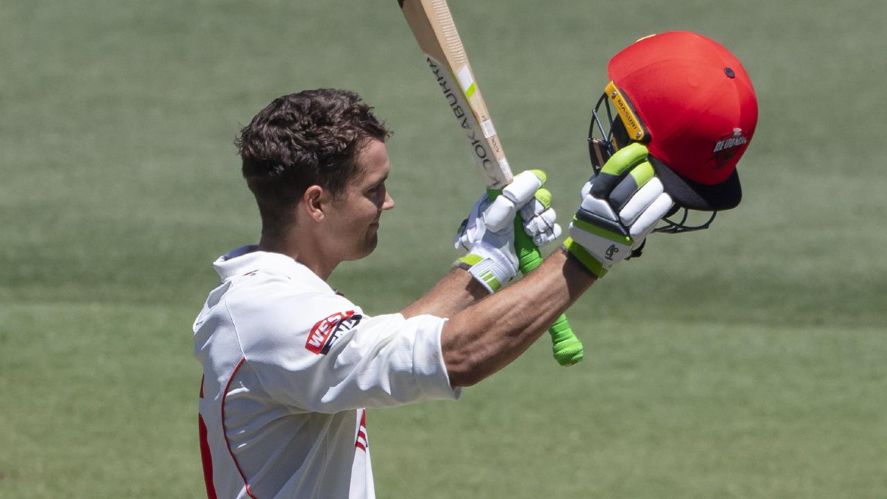 Alex Carey is no mug with the bat... Picture: AAP