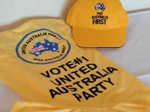 Clive Palmer has campaign shirts made in China