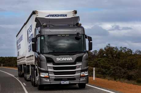 Scania G 500 prime mover