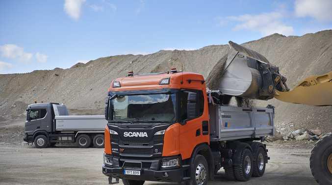 Scania G 500 XT tipper
