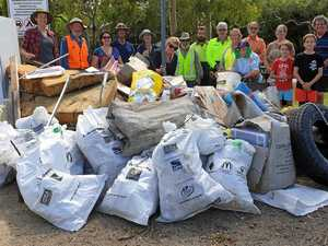 Volunteers pick up almost 100kg of rubbish along coast