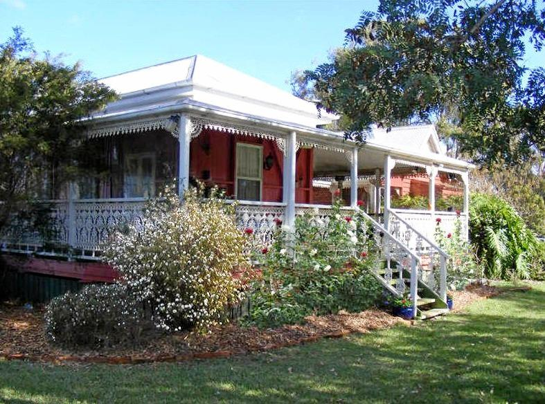 DREAM: The Artists Cottage along Kingaroy-Cooyar Rd and Geritz Rd gives potential buyers endless opportunities.