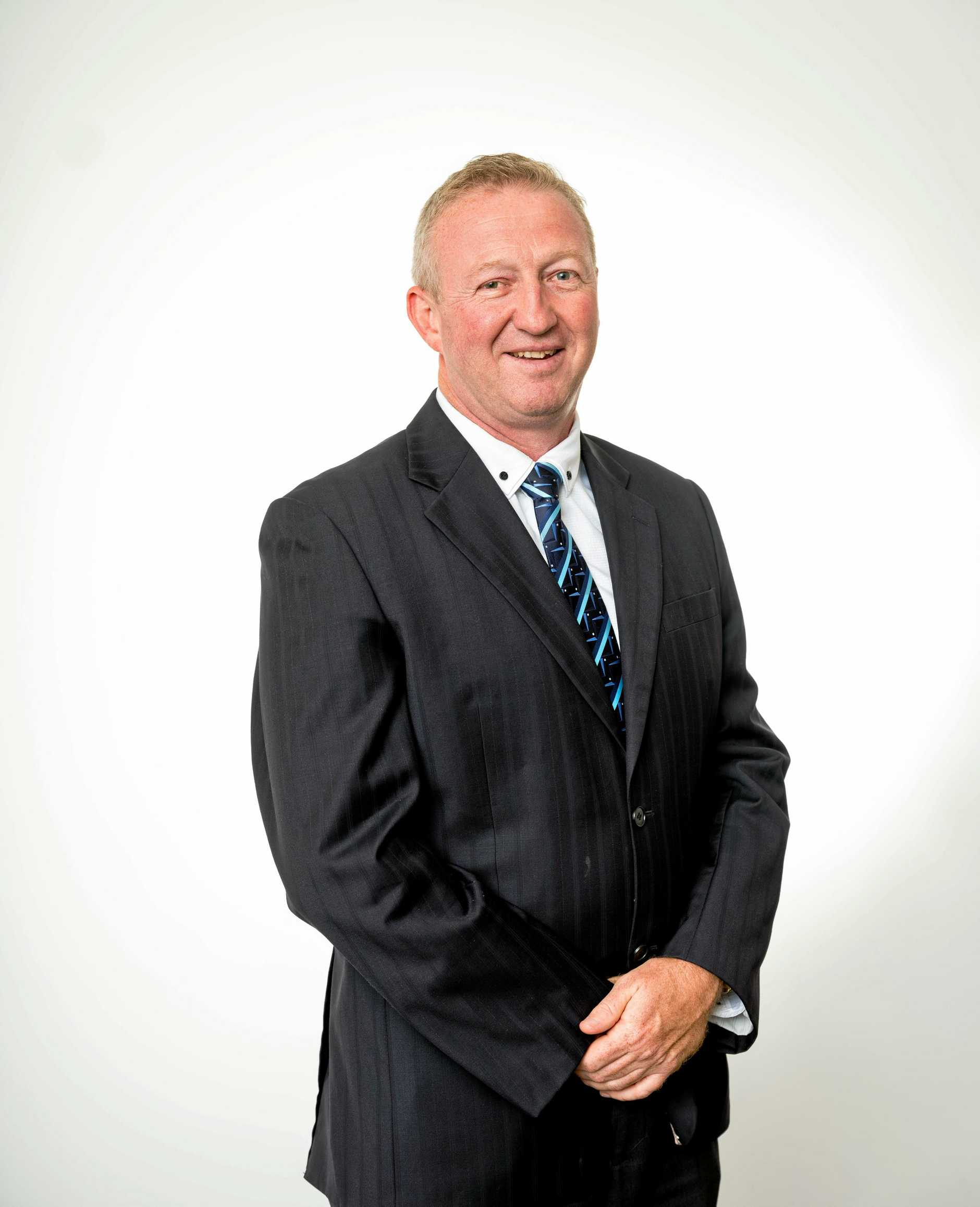 THE Rock has appointed experienced local banker Peter Fraser to lead its Central Queensland retail network.
