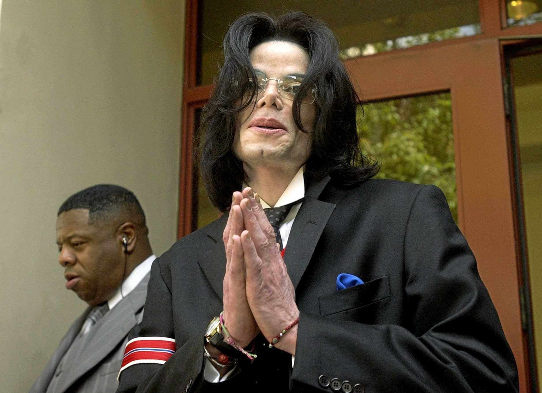 US pop star Michael Jackson gestures as he departs the Santa Barbara County Courthouse following a day of defense testimony in his trial on child molestation charges in Santa Maria, California, USA, 13 May 2005. The Los Angeles coroner Fred Coral confirmed that pop star Michael Jackson had died on 25 June 2009 of cardiac arrest. In an audio interview with CNN, Coral said Jackson was pronounced dead at 2:26 pm local California time after paramedics responded to a call at his house.  EPA/AARON LAMBERT/POOL
