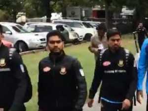 Test team flees mosque shooting