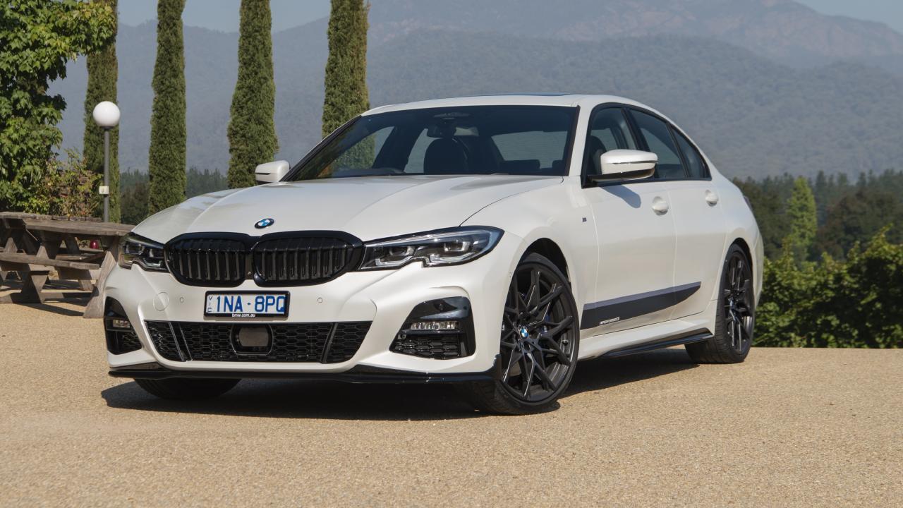 2019 BMW 330i.