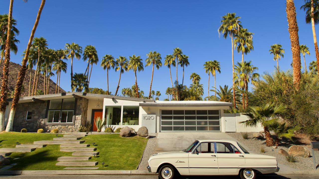 Palm Springs isn't just palm trees and cocktails by the pool: it's an emerging spot for bargain hunters.