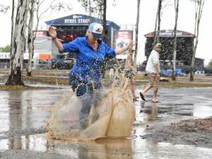 PHOTOS: Mud and happy fans at CMC Rocks