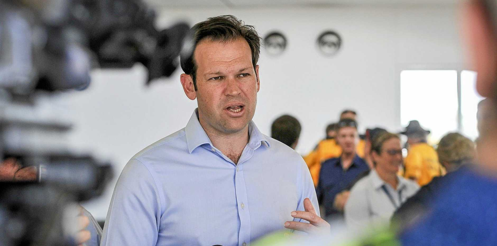 Senator Matthew Canavan was at Gladstone Airport to thank firfighters for their efforts during the CQ bushfire emergency.