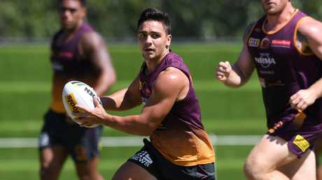 Kodi Nikorima needs to be replaced by Sea O'Sullivan, according to Brad Fittler.