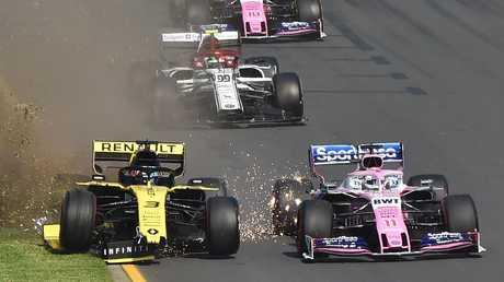 Daniel Ricciardo (left) had a shocker at the Australian Grand Prix. (AAP Image/James Ross)