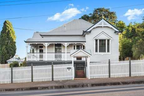 174 Bridge St, Toowoomba City, is for sale.