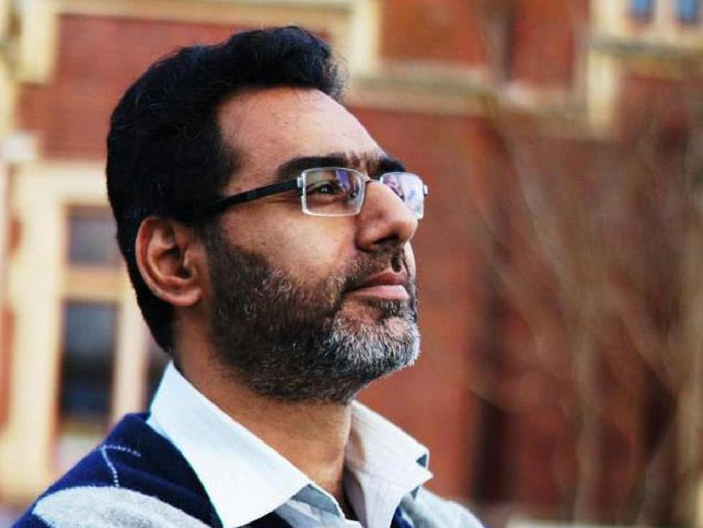 Naeem Rashid was filmed charging at the shooter in an attempt to disarm him.