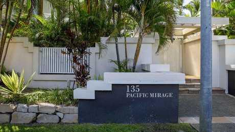 Pacific Mirage condominiums, where Clive Palmer has bought into. Picture: Jerad Williams