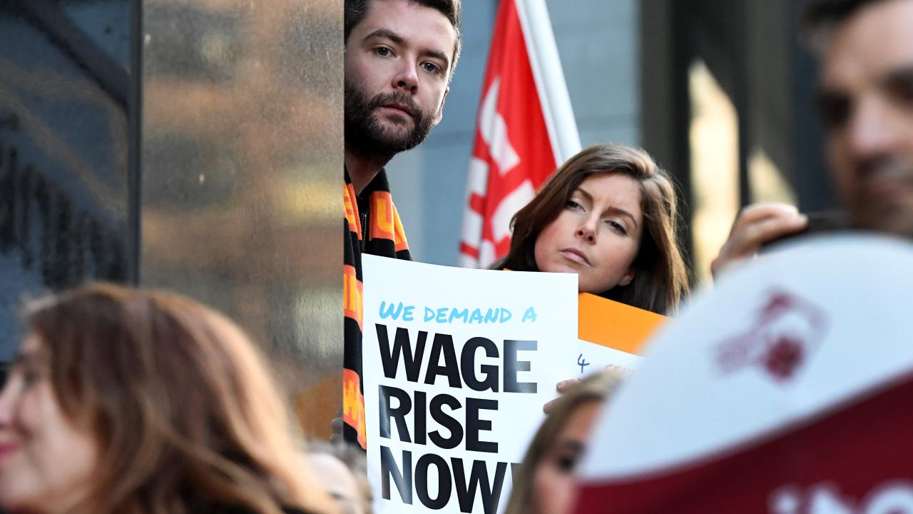 Minimum wage and the dole are shaping up as election issues. Picture: Joe Castro/AAP