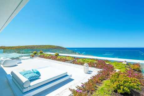 Azure boasts some of the Sunshine Coast's most sought-after views.