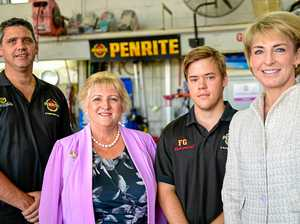 Michaelia Cash guides local small business through red tape