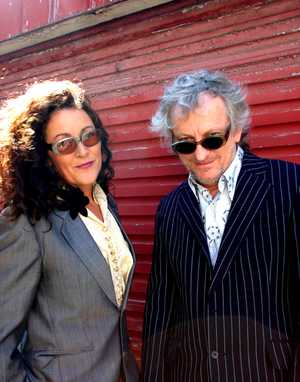 Legendary 80s band EUROGLIDERS starring the fabulous Grace Knight and Bernie Lynch will play in Eumundi on Friday 10 May