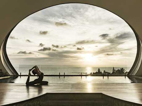 Blissful views to go with your stretching at Como.