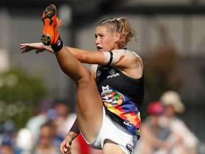 AFLW photo controversy goes global