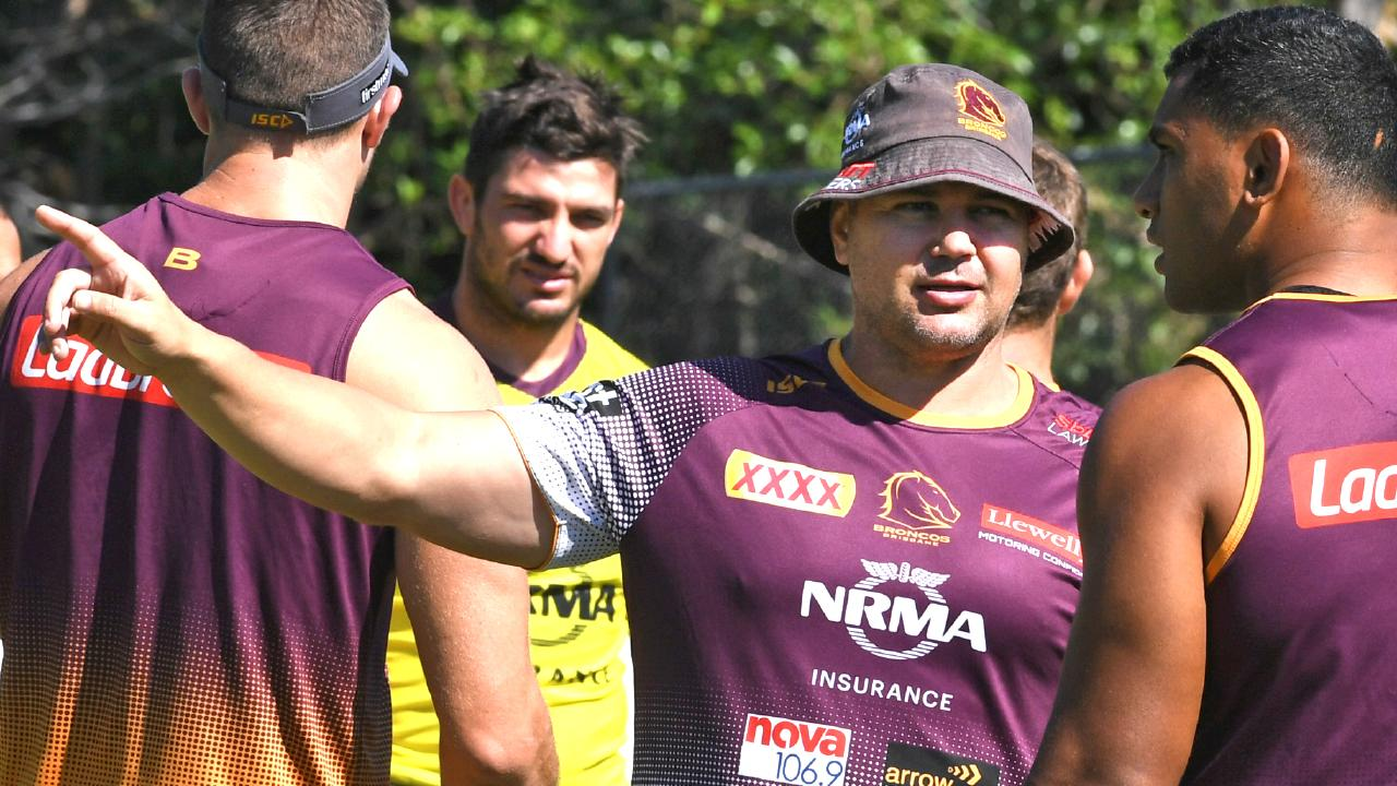 Broncos coach Anthony Seibold speaks to Tevita Pangai Jr at training. Picture: AAP