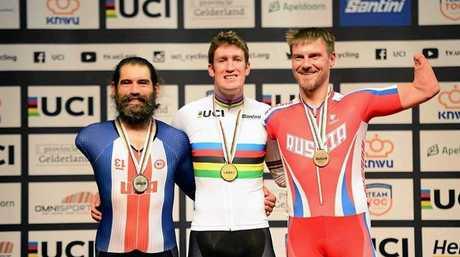 Gold medallist David Nicholas OAM (centre) flanked by silver medallist Joe Berenyi (left) and bronze medallist Andrew Obydennov (right).