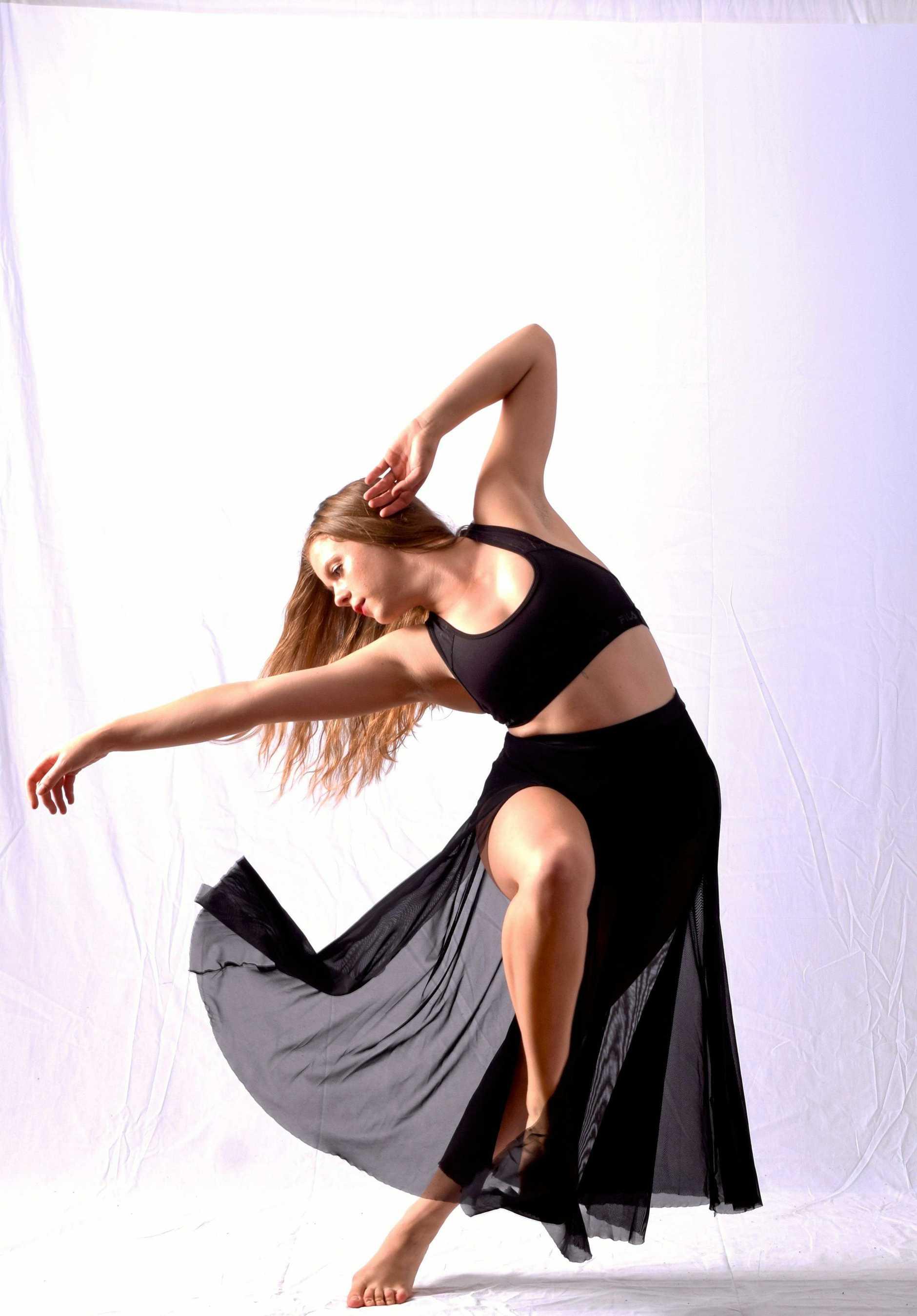 APPRECIATION OF THE ARTS: Neo Vida will combine art and dance when it presents Voyage at The J, Noosa.