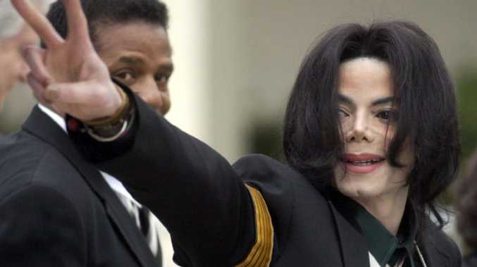 Singer attacked for Jacko claims