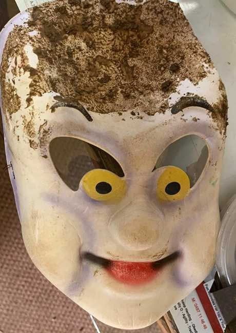 In his rush to get away, the offender dropped his Casper mask in the dirt.
