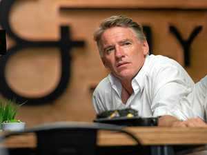 Oakeshott seeks advice on use of public funds by candidates