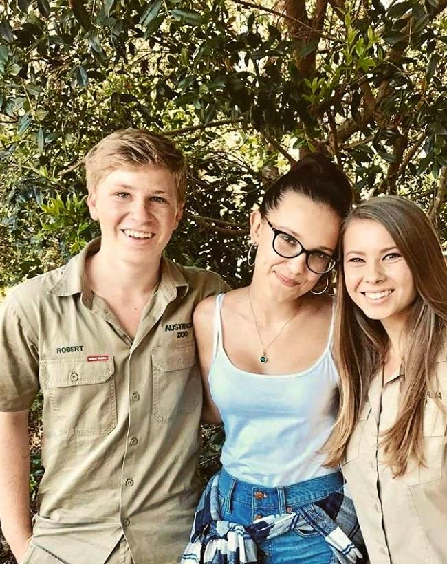 Stranger Things star, Millie Bobby Brown rubbed shoulders with Bob and Bindi Irwin in the ultimate zoo experience and Australia Zoo.