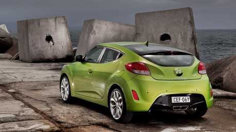 Veloster: Two kerbside doors, one for the driver … and, in base grade, leisurely progress
