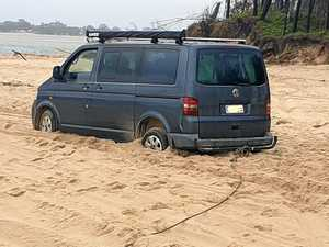 'Stuck for hours': V-Dub stranded on soft sand of Teewah