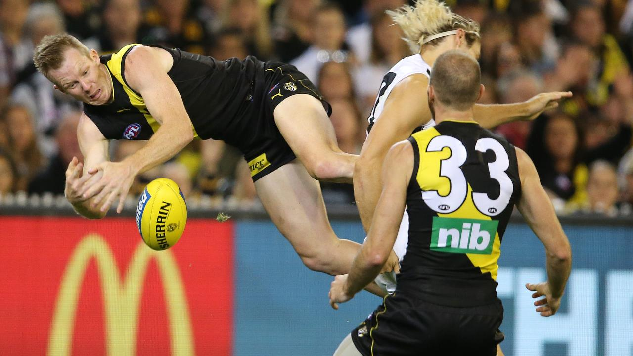Jack Riewoldt crashes to the ground. Picture: Michael Klein