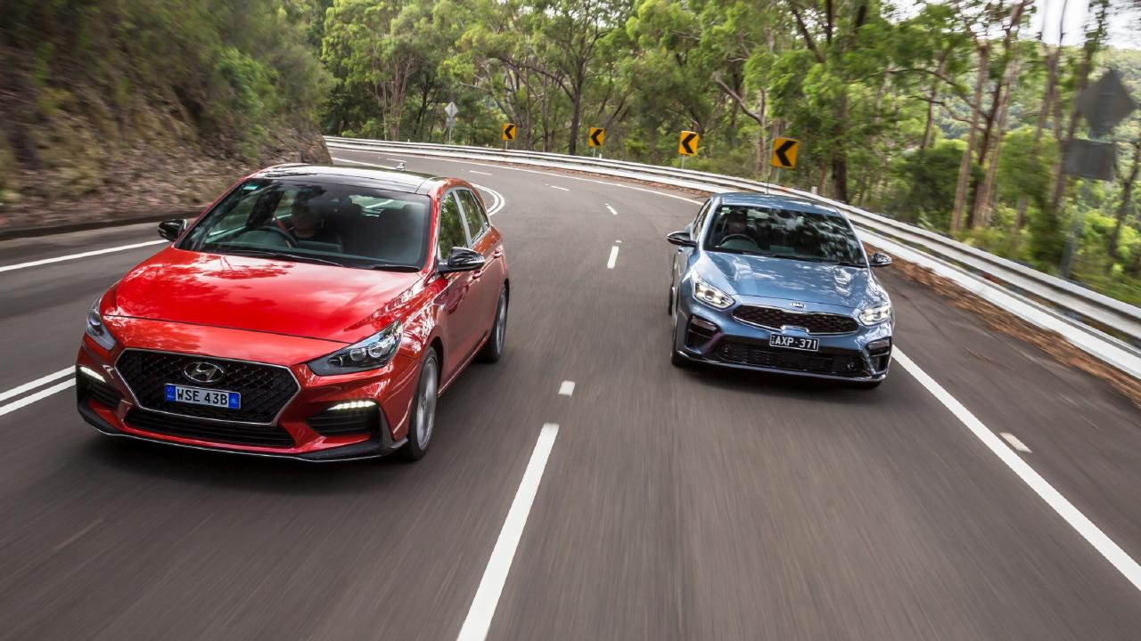 The Hyundai and the Kia share the same underpinnings. Photo: Thomas Wielecki.