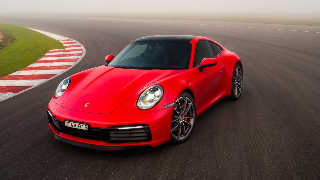 2019 Porsche 911.
