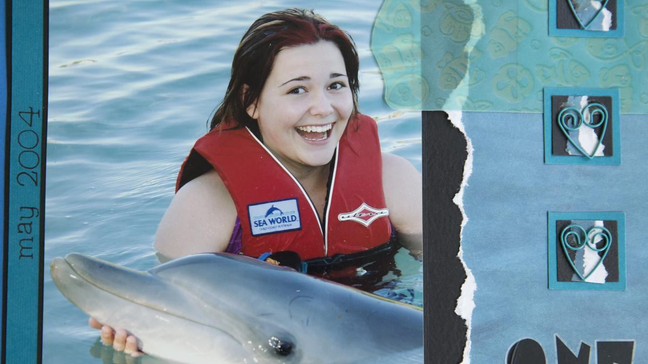 Kirra pictured at Sea World in 2004.