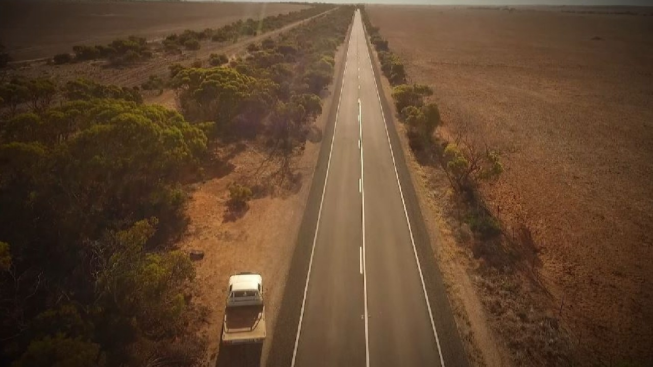 The remote stretch of road in outback South Australia where a suitcase was found containing the remains of Khandalyce Pearce. Picture: Channel 9 / 60 Minutes