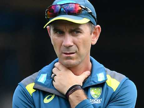 Justin Langer denies all those reports.