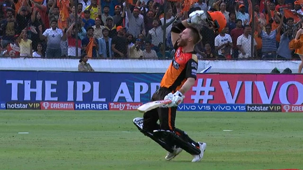 David Warner celebrates his century against Royal Challengers Bangalore.