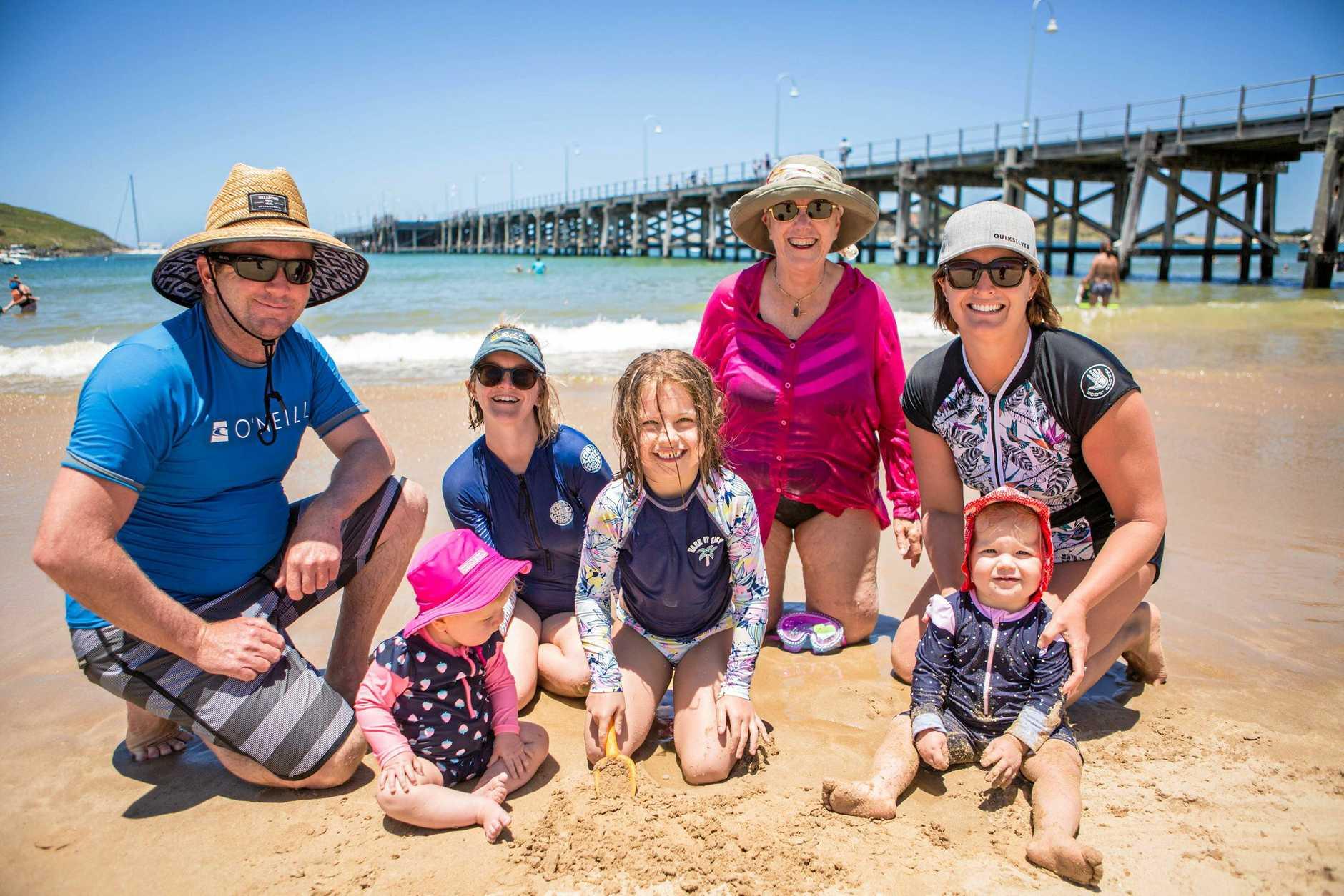 Robert, Abigail, Alison, Charlotte, Carol, Poppy and Debbie enjoying a break at Jetty Beach.