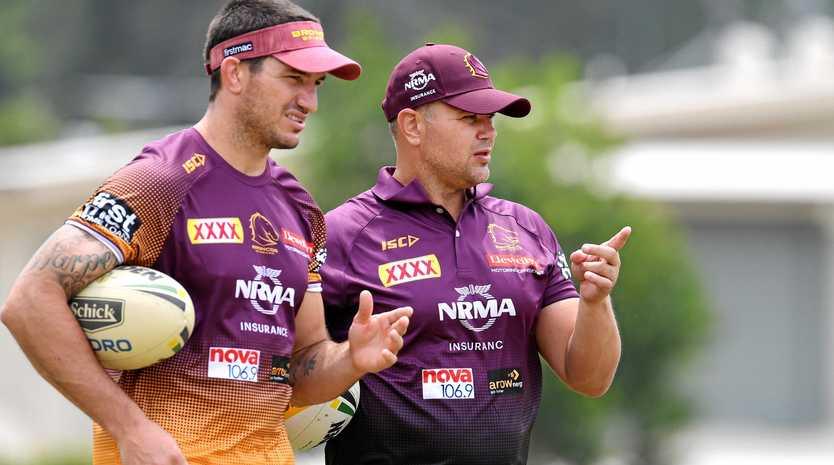Matt Gillett talks with Anthony Seibold at training.