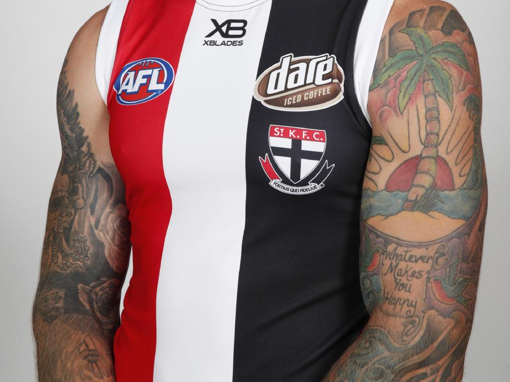 Membrey proves he's about more than wolves and calf muscles. Picture: AFL Media