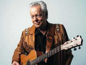 Guitar legend bound for Queensland