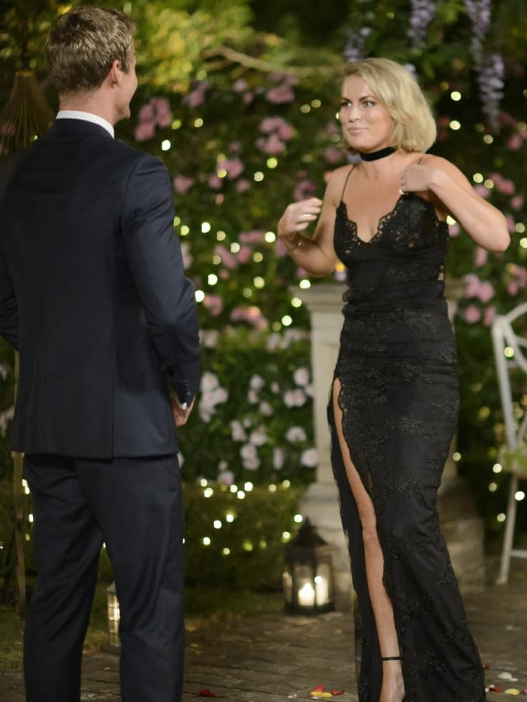 Richie meets Keira on The Bachelor.