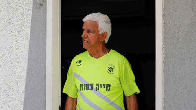 Israeli enters Guinness as oldest footballer