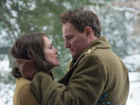 Kiera Knightley and Jason Clarke in a scene from The Aftermath.