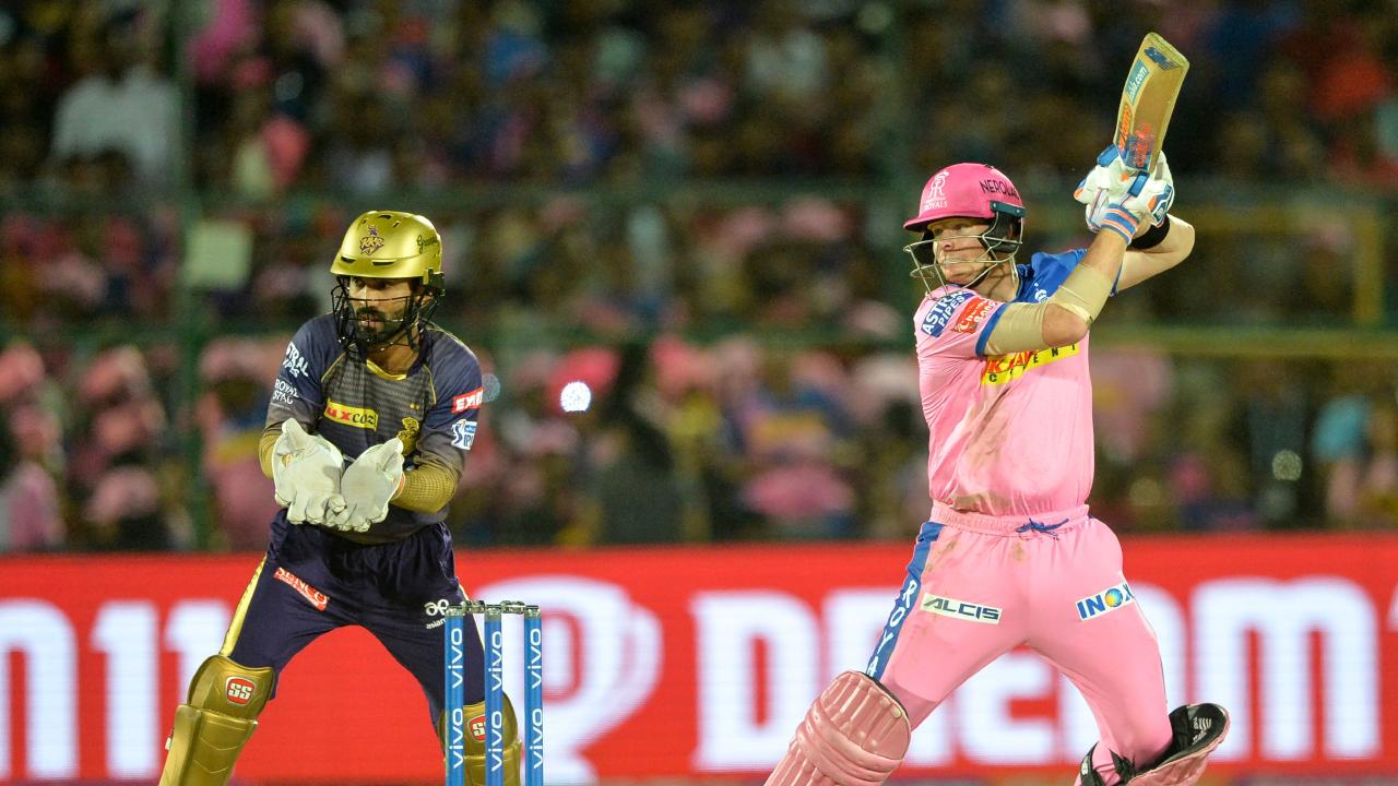 Steve Smith racks up the runs for the Rajasthan Royals. (Photo: Sajjad Hussain/AFP)